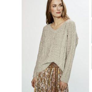 Love Sam Sara Cable Sweater